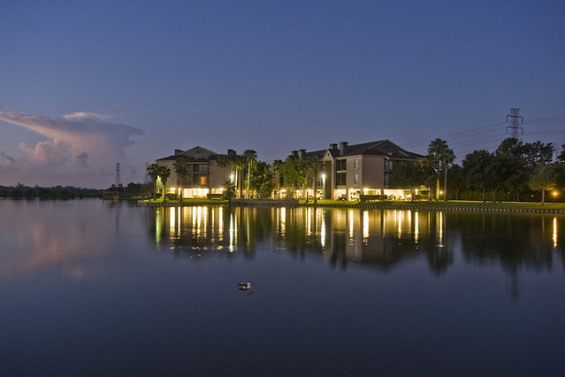 Houston Lake Apartments