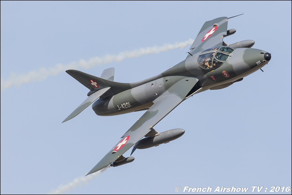 Amici dell'Hunter , Hunter , Hawker Hunter HB-RVR ,22 ème meeting aérien international de Roanne , Meeting Aerien Roanne 2016, Meeting Aerien Roanne , ICAR Manifestations , meeting aerien roanne 2016 , Meeting Aerien 2016 , Canon Reflex , EOS System