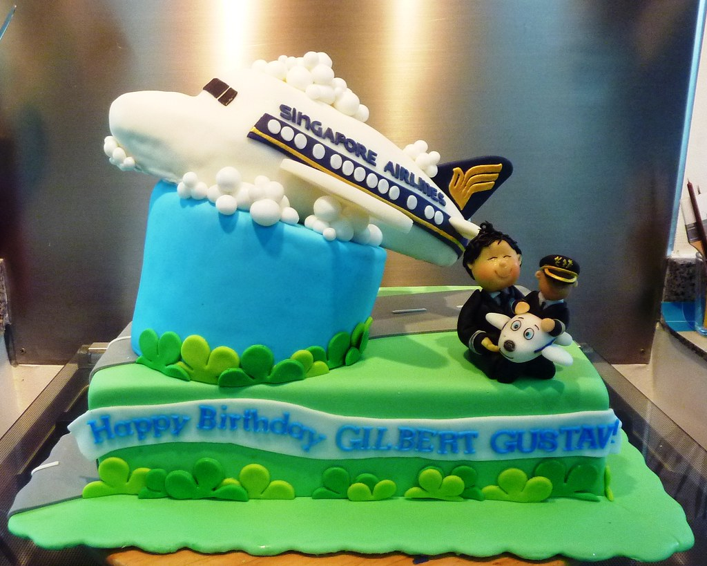 singapore airlines cake | Little "|1024|819|?|en|2|e94cb2b8c73829de2192193cf4162f49|False|UNLIKELY|0.3246169984340668