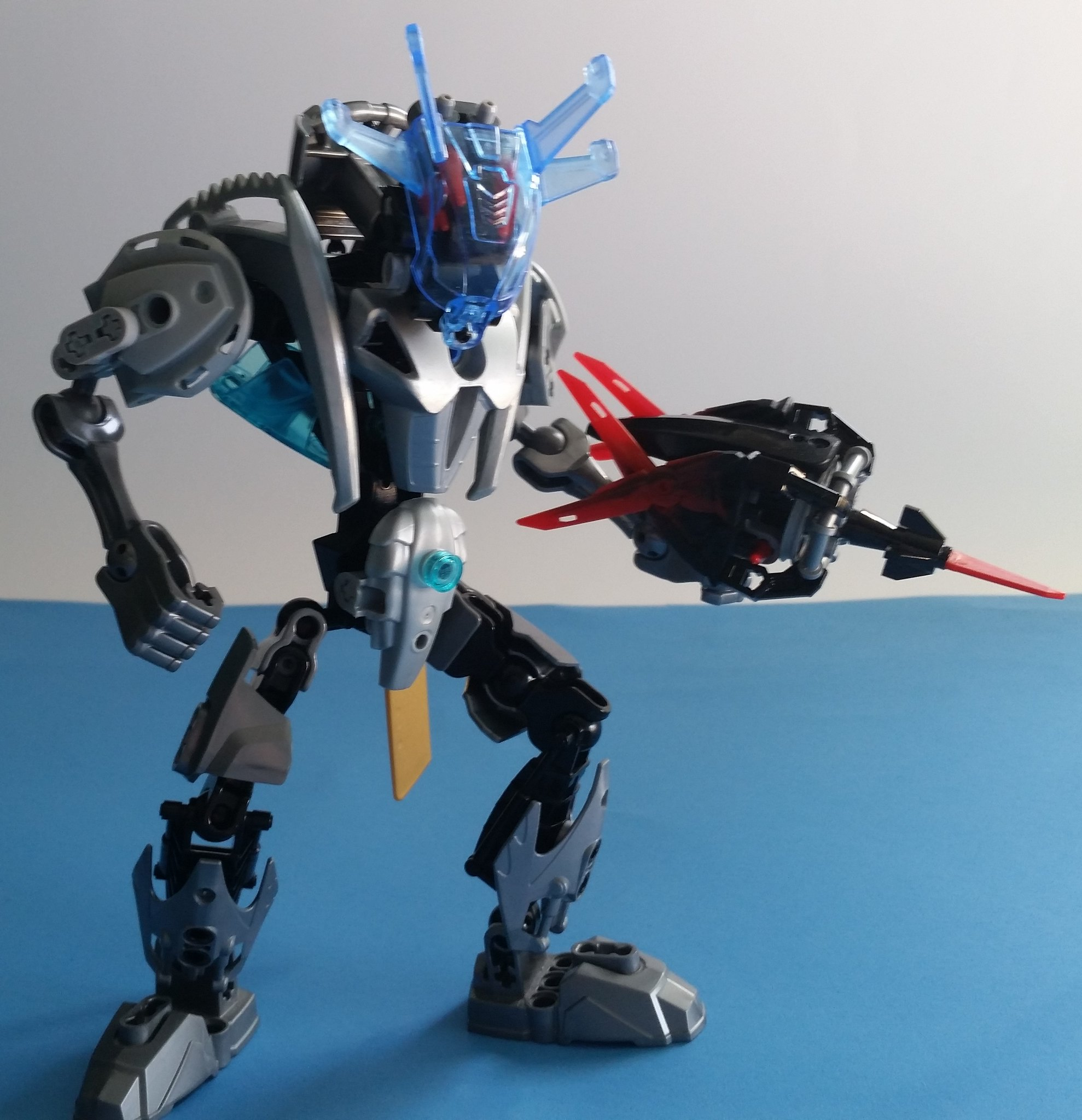 Halfire, The Metal Pursuit Crossgun 1