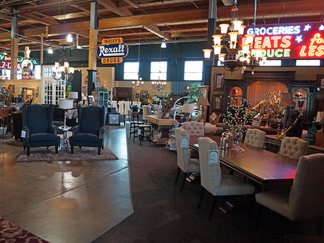 Classic Home Antique Portland Furniture Store 1805 Se M L King Blvd Portland Or 97214
