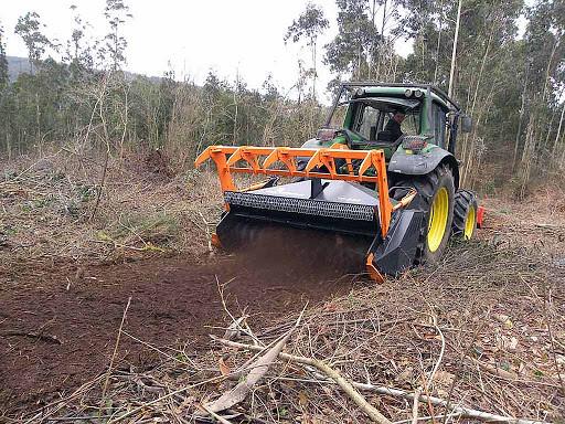 Trituradora de martillos fijos ideal para ramas los - Trituradora de ramas casera ...