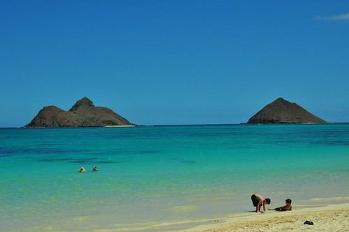 Na Mokulua Hawaii: Na Mokulua Islands Off Of Lanikai Beach