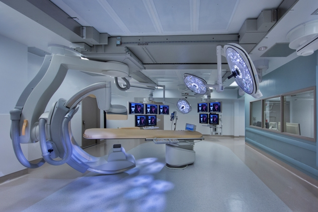 Hybrid Operating Room Featuring The Philips Imaging System