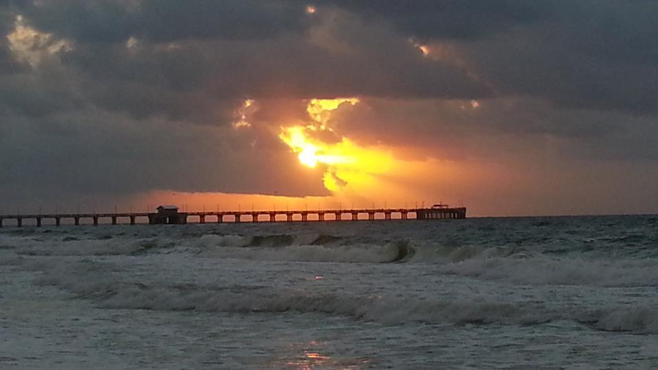Sunrises the al state park fishing pier in gulf shores for Gulf shores pier fishing forum
