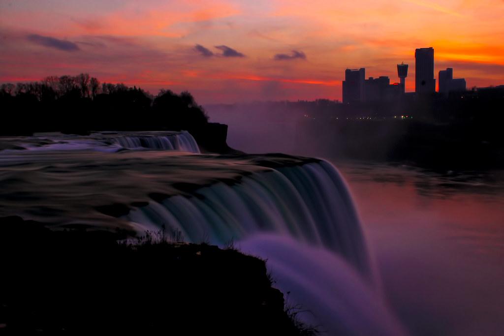 Niagara Falls Sunset Niagara Falls At Sunset This Looks