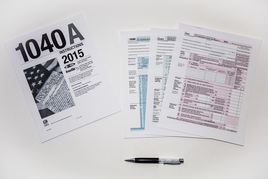 1040 Tax Return Forms This Photo Shows A Large Clear 2015 Flickr