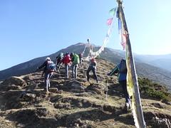 Der Aufstieg auf den Samo Peak beginnt