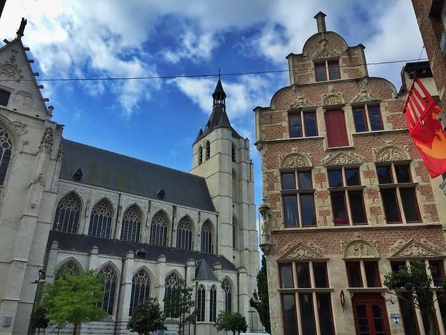Iglesia Onze Lieve de Malinas/Mechelen (Flandes)