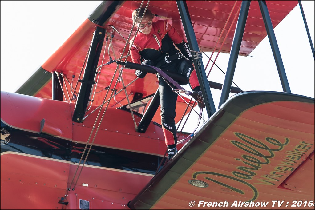46 Aviation Wingwalker Danielle , 46 Aviation , N450D , Stearman , Meeting Aerien Roanne 2016, Meeting Aerien Roanne , ICAR Manifestations , Meeting Aerien 2016 , Canon Reflex , EOS System