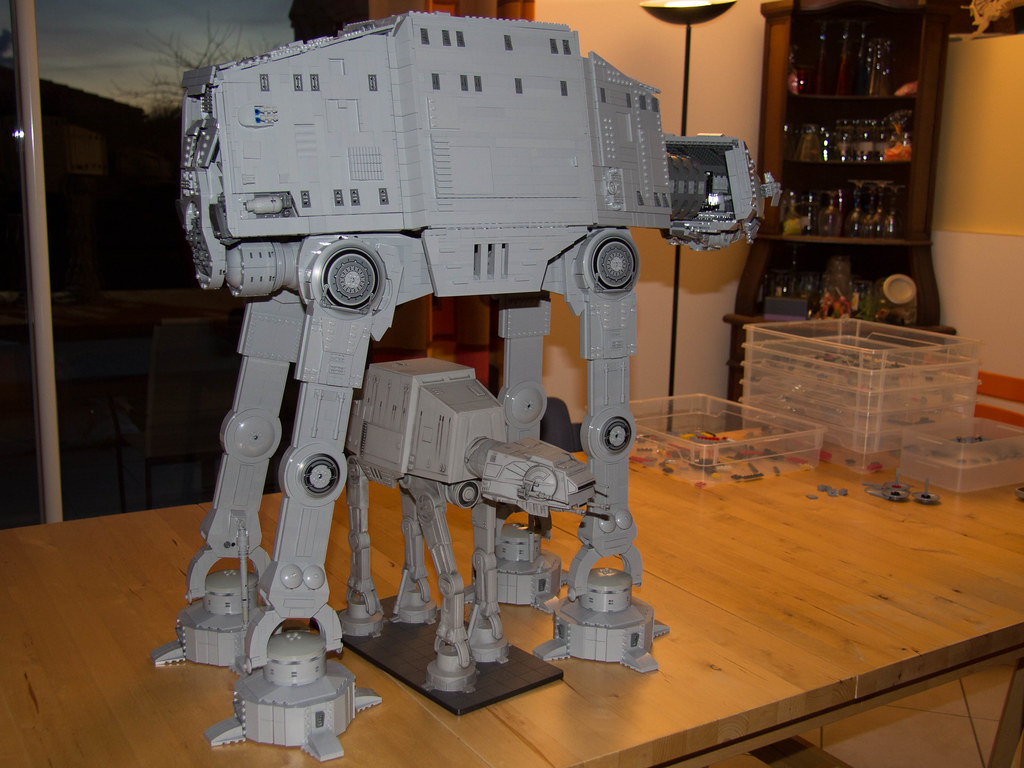Pete's UCS AT-AT and the Wizard of the Coast SW Minature