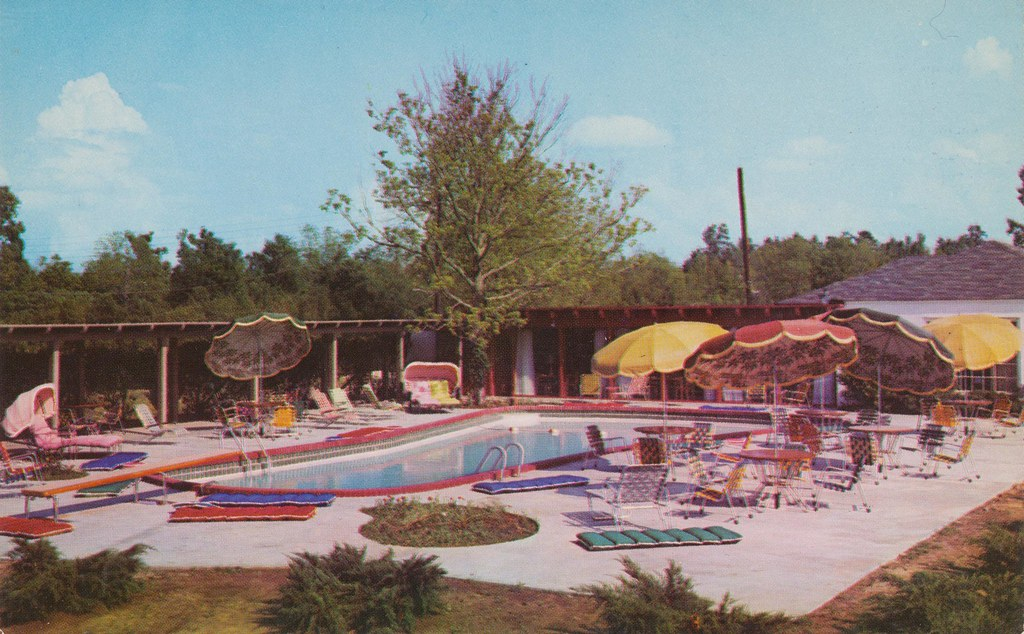 Bellemont Motor Hotel - Natchez, Mississippi