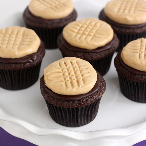 Chocolate Cupcakes with Peanut Butter Cookie Frosting | Flickr