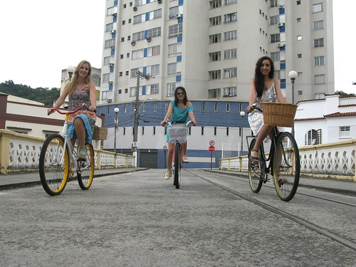 Cycle Chic - Centro Vix 36 | by Dora Doríssima