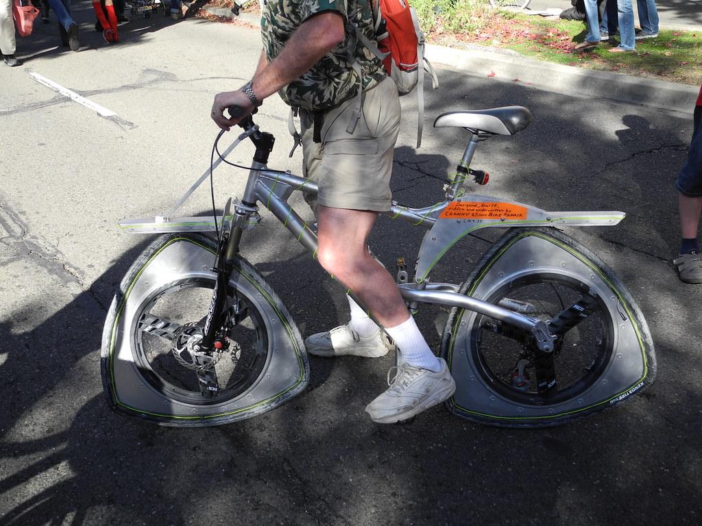 Triangle Wheel Bike It Works Dianne Yee Flickr
