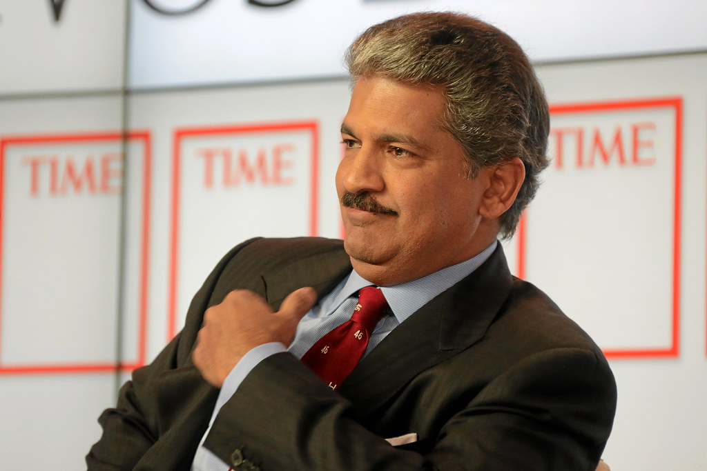 anand mahindra, top 10 successful entrepreneurs of india, voxytalksy