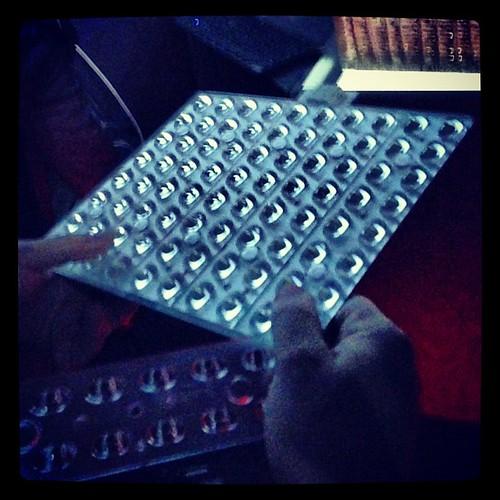 Con questi pannelli Led #olac rivoluziona illuminazione ur…  Flickr