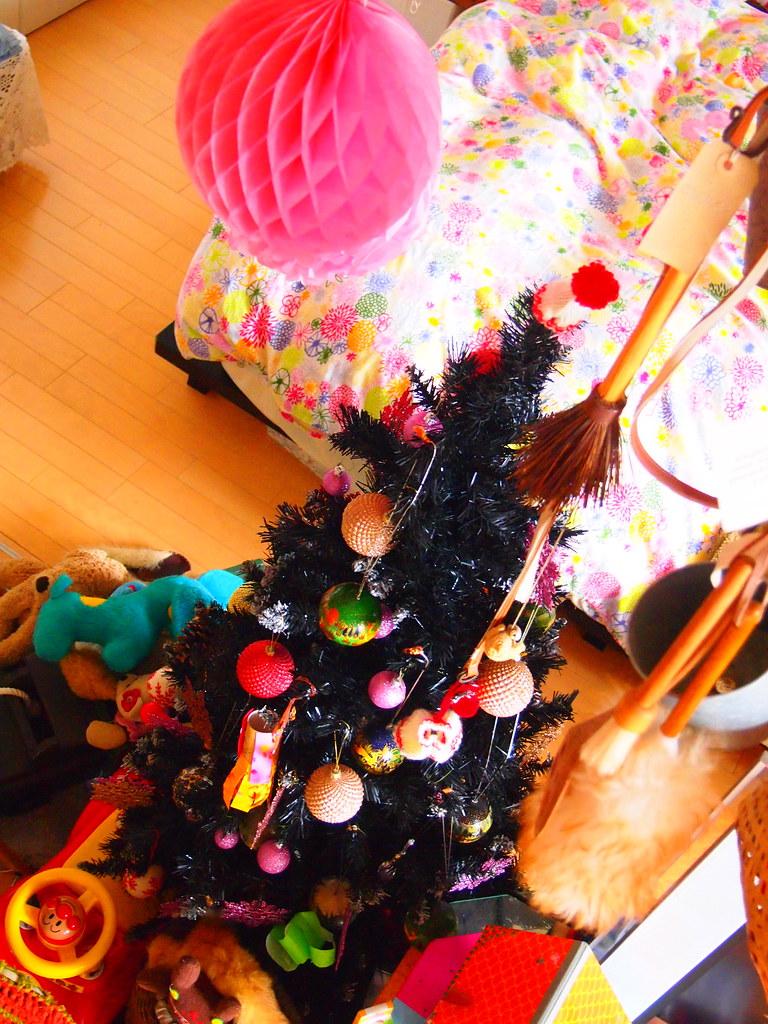 pom pom pink christmas deco noel olympus digital camera flickr. Black Bedroom Furniture Sets. Home Design Ideas