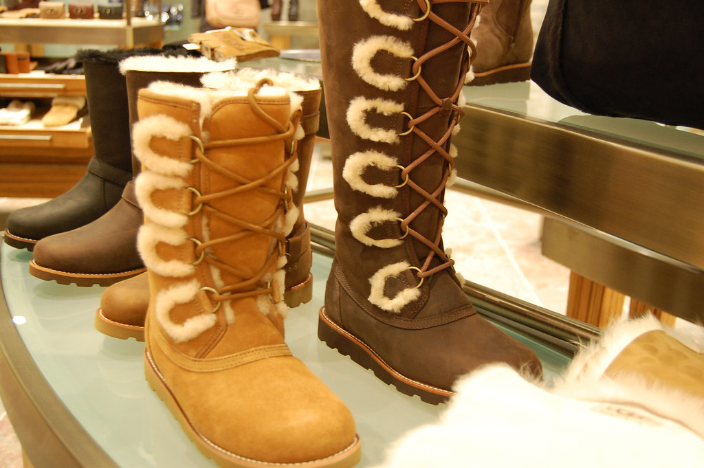 356ce990a3 UGG Store