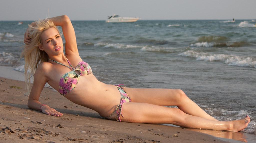 Blonde Bikini Pictures 105
