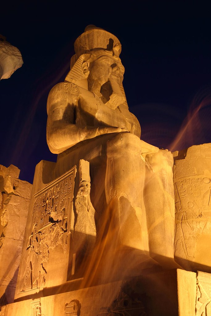 play luxor online king