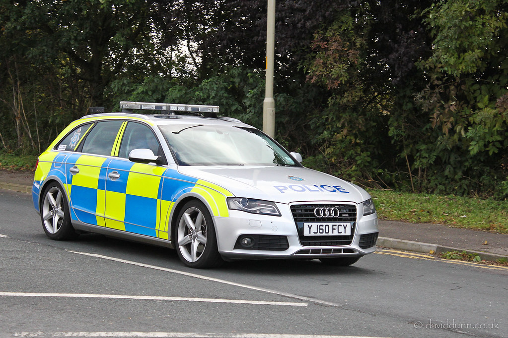 Police Audi A4 Avant Yj60 Fcy At The October Supercar