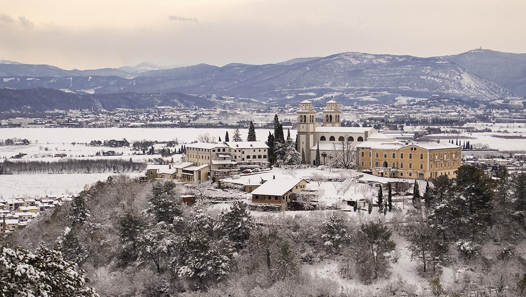 Resultado de imagem para Miren SLOVENIA