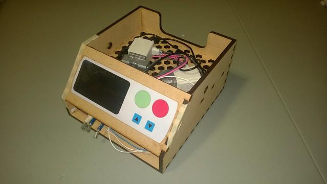 intussassist-mdf prototype