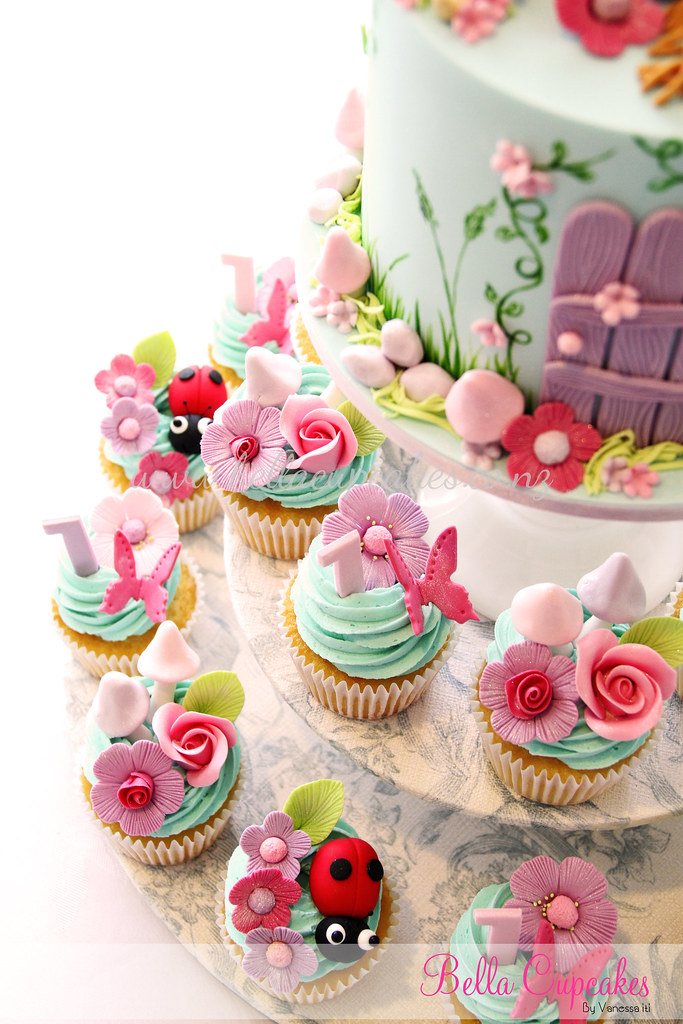 Miss c 39 s fairy cupcakes vanessa iti flickr for How to make fairy cupcakes