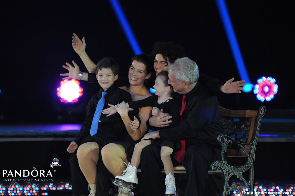 Nancy Kerrigan with Family | Nancy Kerrigan performs with ...