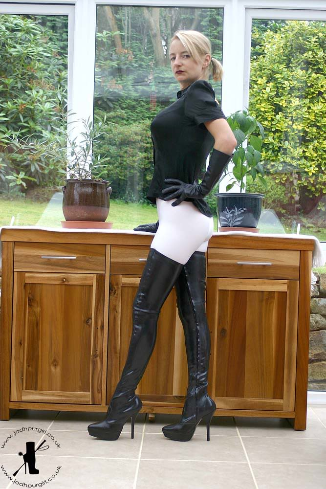 English women in thigh boots fucked - 4 9