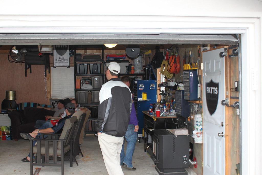 Man Caves R Us : Man cave garage football october th