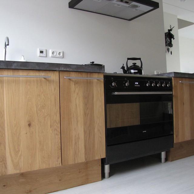 Eiken Keuken Ikea : Massief eiken houten keuken met ikea keuken kasten door Koak design in
