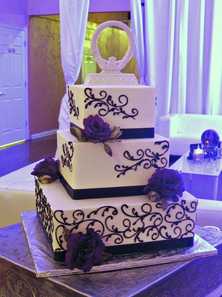 Lisianthus Wedding Cake