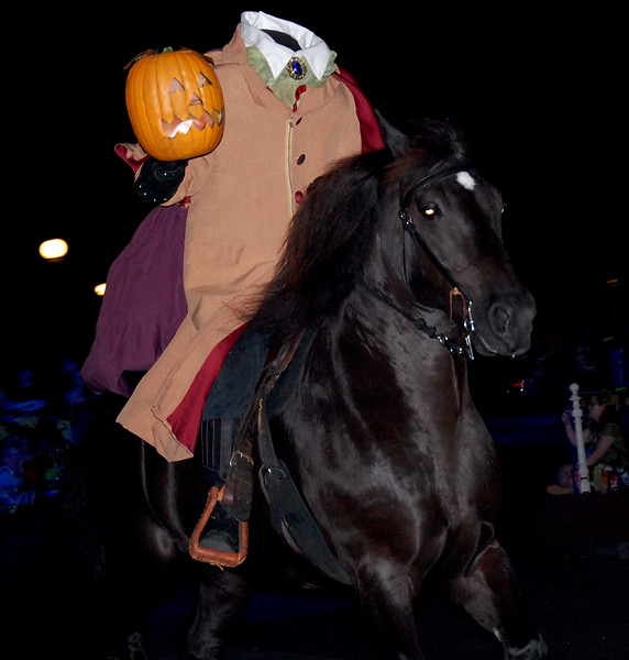 Headless Horseman Disney Parade Disney Headless Horseman