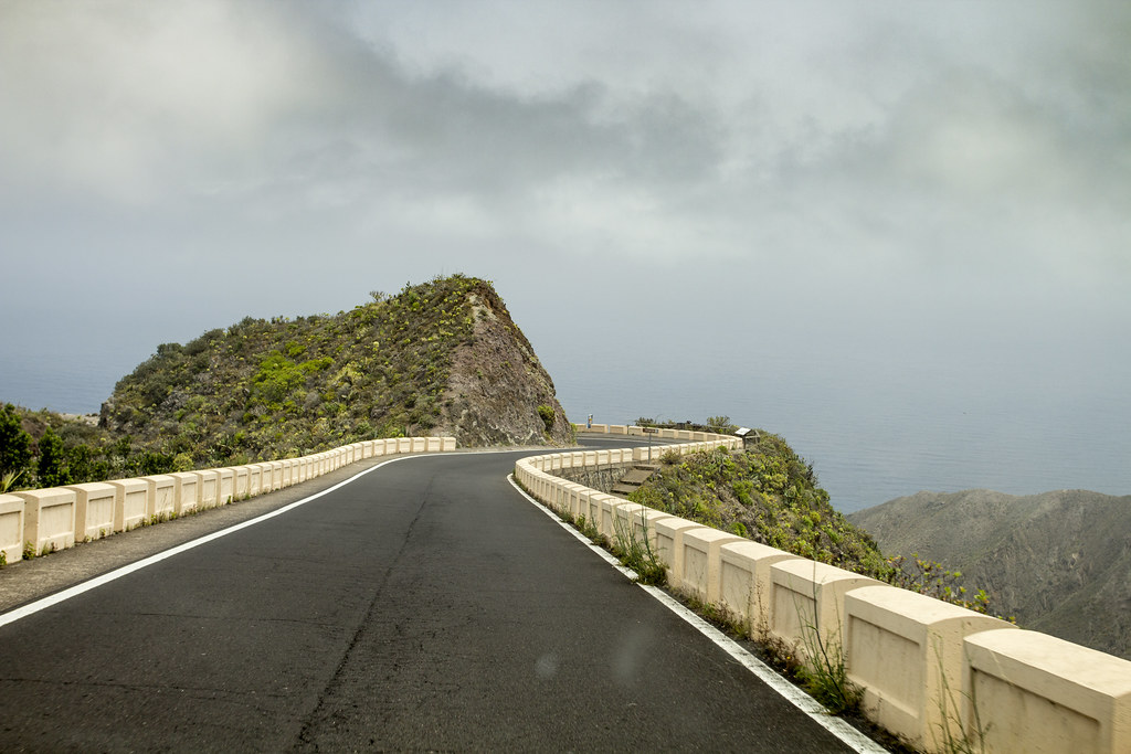 El Bailadero road - Anaga Mountains, Tenerife