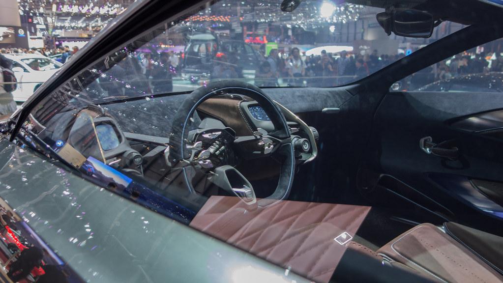 The Vulcan Interior Aston Martin Vulcan 2015 V12 7 0 800hp Flickr