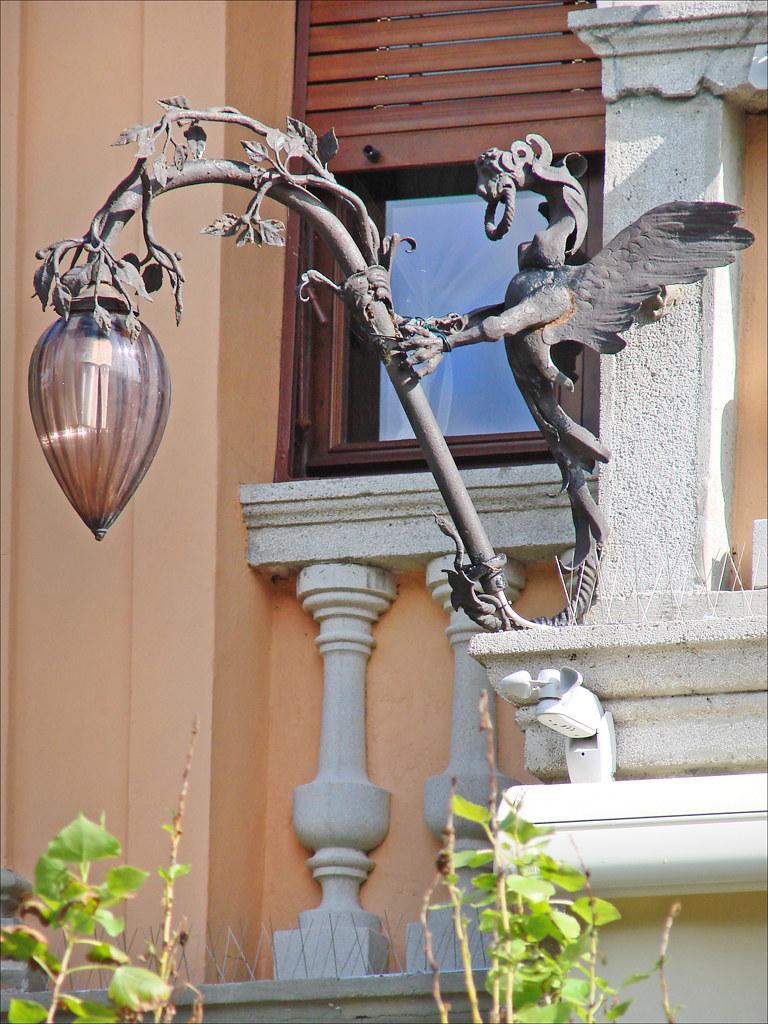 lanterne en fer forg de la villa lucina lido de venise flickr. Black Bedroom Furniture Sets. Home Design Ideas