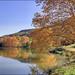 Couleurs automnales au Lac de Chasteaux ..... en Corrèze *