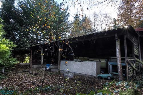La cabane au fond du jardin expl 39 auvergnat flickr - La cabane au fond du jardin ...