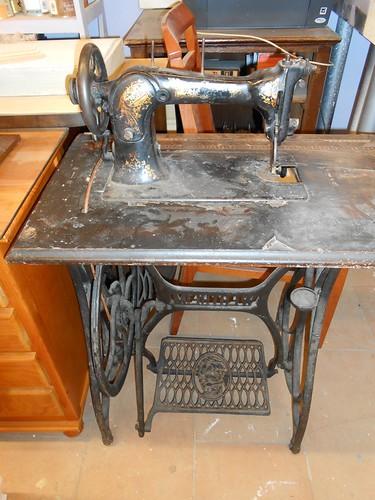 Muebles antiguos reparaci n restauracion muebles - Reparacion muebles ...