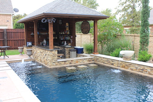 Custom swimming pool design dallas for Pool design dallas texas
