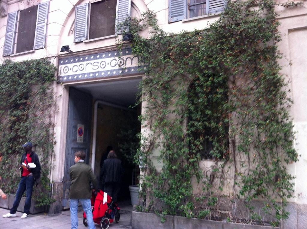 10 corso como milan vista exterior pablo monteagudo for Corso arredatore d interni milano