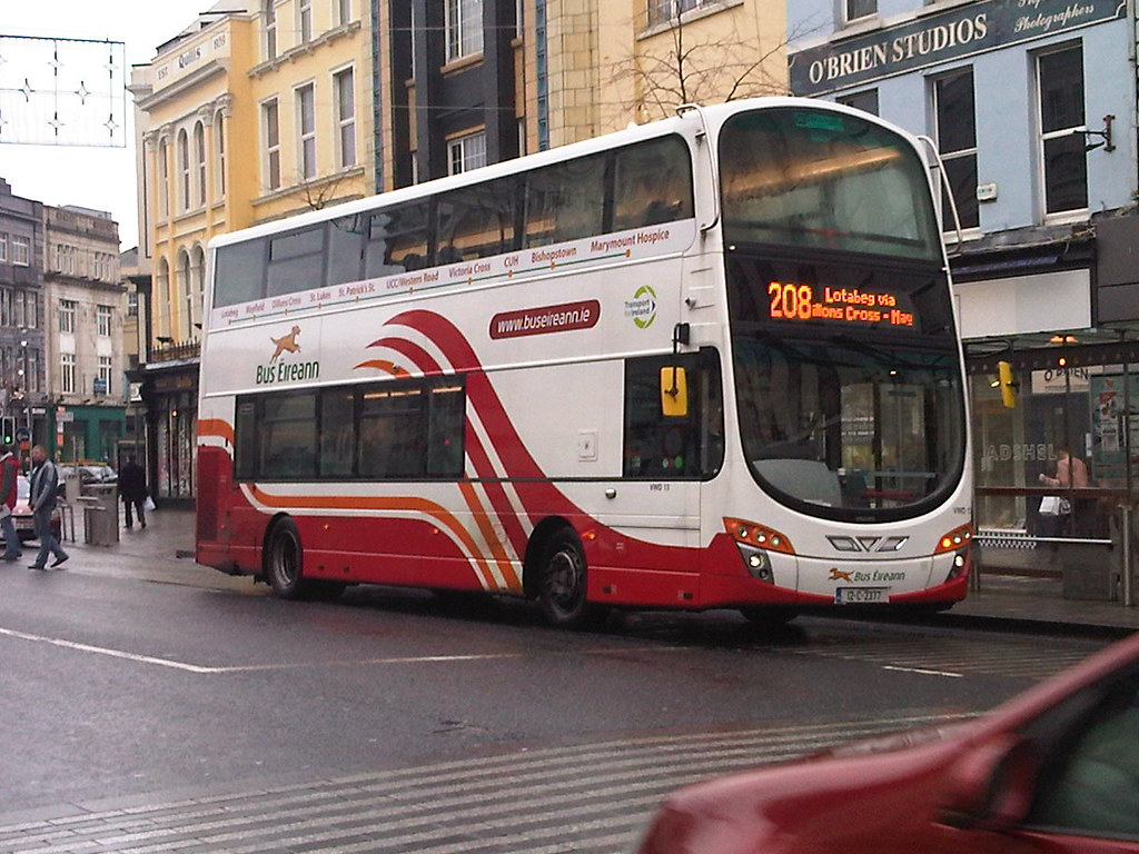 Bus Eireann Cork Volvo Vwd13 12c2377 On Route 208 From B