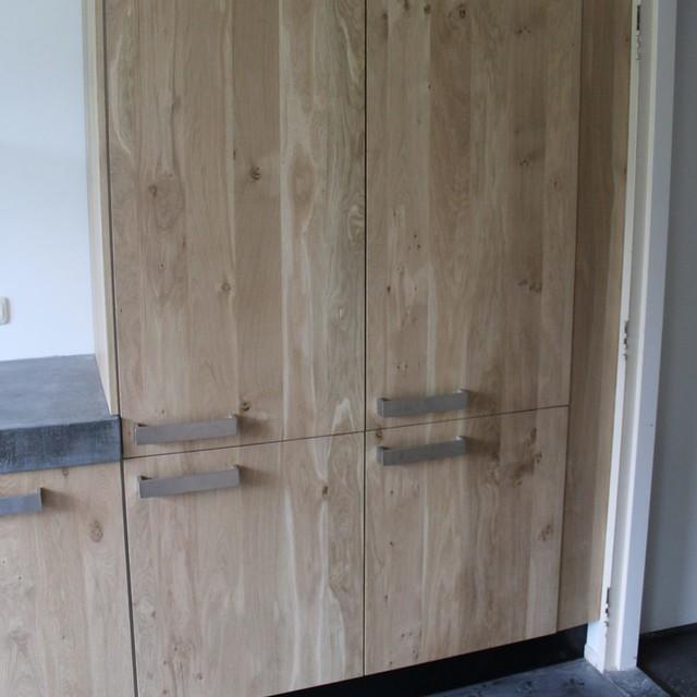 Houten Keuken Ikea Kind : Massief eiken houten keuken met ikea keuken kasten door