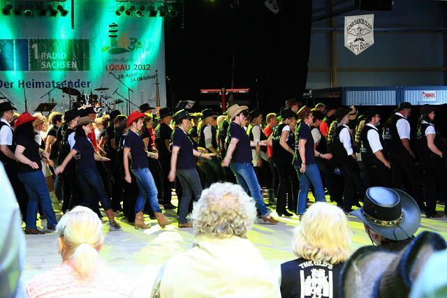 008 14-07-2012 Line Dance auf der LGS Löbau