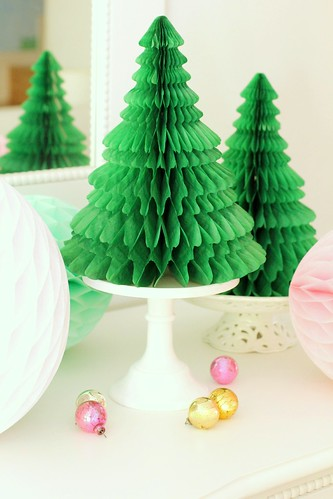 Paper christmas trees on cake stands citrusandorange