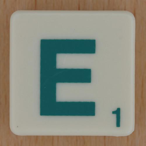 Letter R Images 3d Images Scrabble Green Letter ...