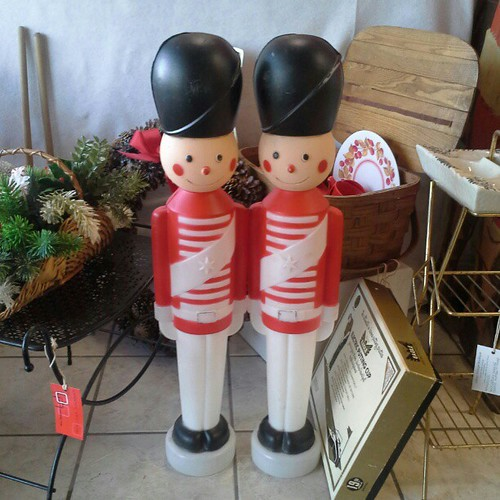 #vintage Toy Soldier Blow Mold Christmas Yard Decorations