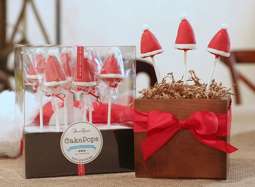 Red Velvet Santa Hat Cake Pops | by Sweet Lauren Cakes